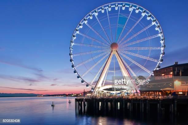 Seattle Wheel Twilight