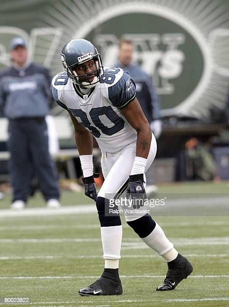 ddb4d6fe Seatttle Seahawks wide receiver Jerry Rice at the line of scrimmage in the  first quarter of