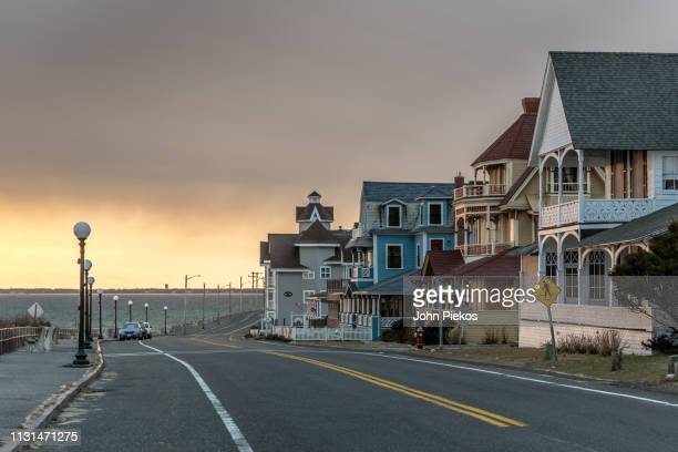 seaview avenue gingerbread homes of oak bluffs, martha's vineyard - martha's_vineyard stock pictures, royalty-free photos & images