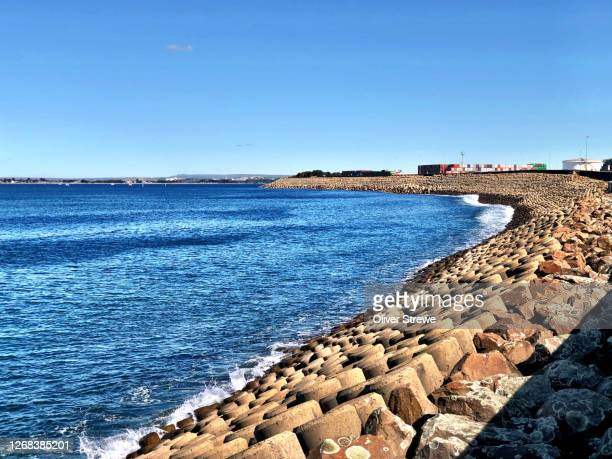 seawall botany bay - seawall stock pictures, royalty-free photos & images