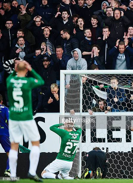 Sebastian Andersen of Viborg FF and the fans looks dejected during the Danish Alka Superliga match between Viborg FF and FC Midtjylland at Energi...