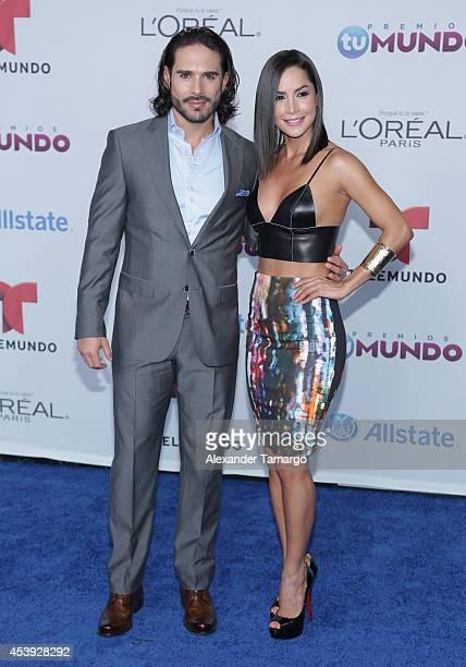 Sebastian Caicedo and Carmen Villalobos arrive at Telemundo's Premios Tu Mundo Awards 2014 at American Airlines Arena on August 21, 2014 in Miami,...