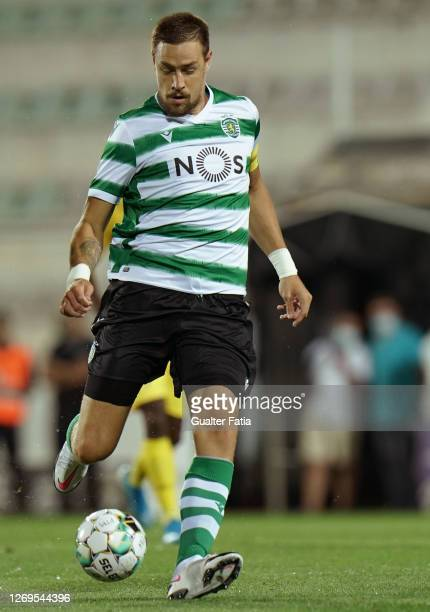 Sebastian Coates of Sporting CP in action during the Friendly match between Portimonense SC and Sporting CP at Portimao Estadio on August 28, 2020 in...