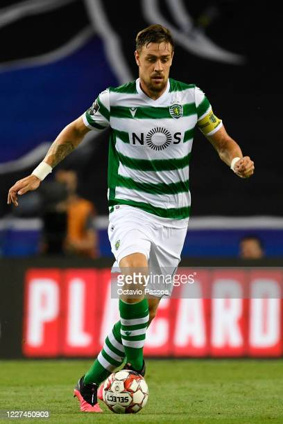 Sebastian Coates of Sporting CP in action during the Liga Nos match between FC Porto and Sporting CP at Estadio do Dragao on July 15, 2020 in Porto,...