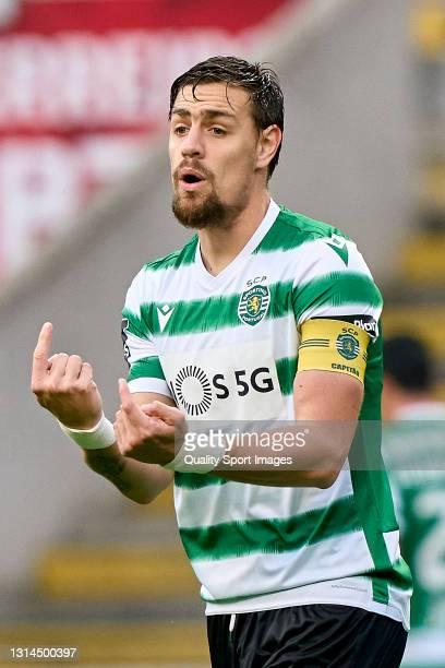Sebastian Coates of Sporting CP reacts during the Liga NOS match between SC Braga and Sporting CP at Estadio Municipal de Braga on April 25, 2021 in...