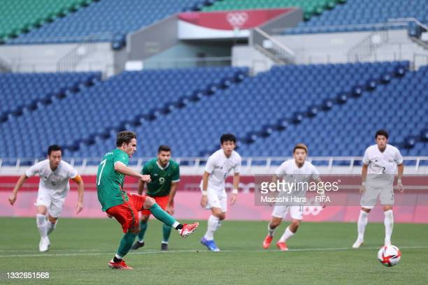Sebastian Cordova of Team Mexico scores their team's first goal from the penalty spot during the Men's Bronze Medal Match between Mexico and Japan on...