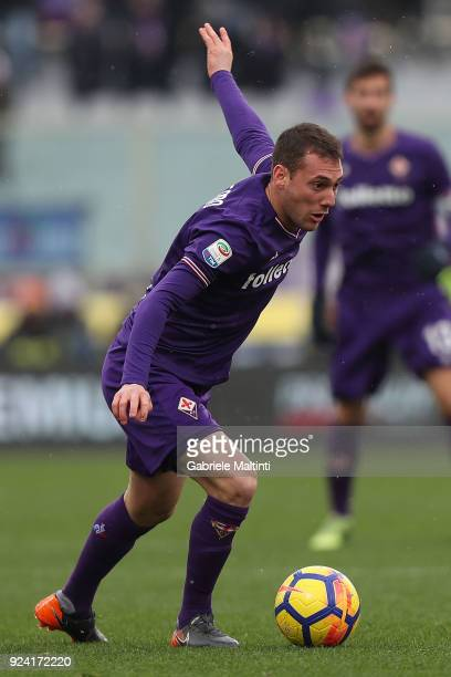 Sebastian Cristoforo of ACF Fiorentina in action during the serie A match between ACF Fiorentina and AC Chievo Verona at Stadio Artemio Franchi on...