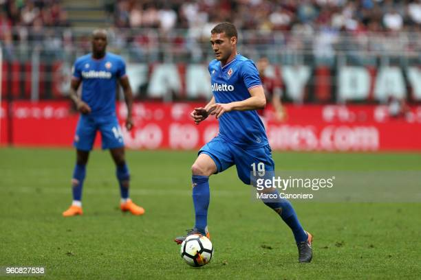 Sebastian Cristoforo of ACF Fiorentina in action during the Serie A match between Ac Milan and ACF Fiorentina. Ac Milan wins 5-1 over Acf Fiorentina.