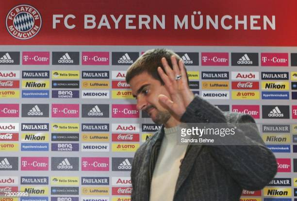 Sebastian Deisler gestures during the Bayern Munich press conference at Bayern's training ground Saebener Strasse on January 16 2007 in Munich...