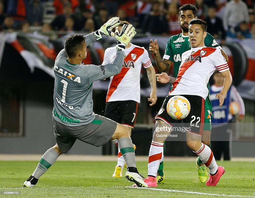 Sebastian Driussi of River Plate fights for the ball with Danilo of Chapecoense during a match between River Plate and Chapecoense as part of Quarter Finals of Copa Sudamericana 2015 at Monumental Antonio Vespucio Liberti Stadium on October 21, 2015 in Buenos Aires, Argentina.