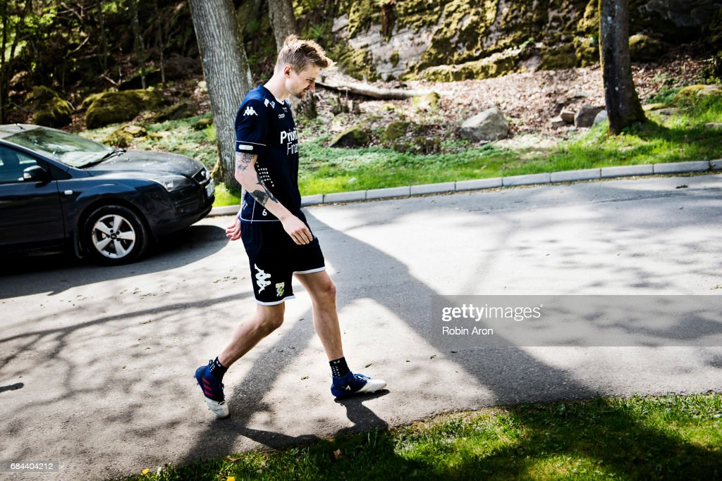 Sebastian Eriksson of IFK Goteborg leaves the pitch at training center Kamratgarden after it was announced that the the Allsvenskan match between IFK Goteborg and AIK is cancelled due to suspicions of match fixing, on May 18, 2017 in Gothenburg, Sweden.