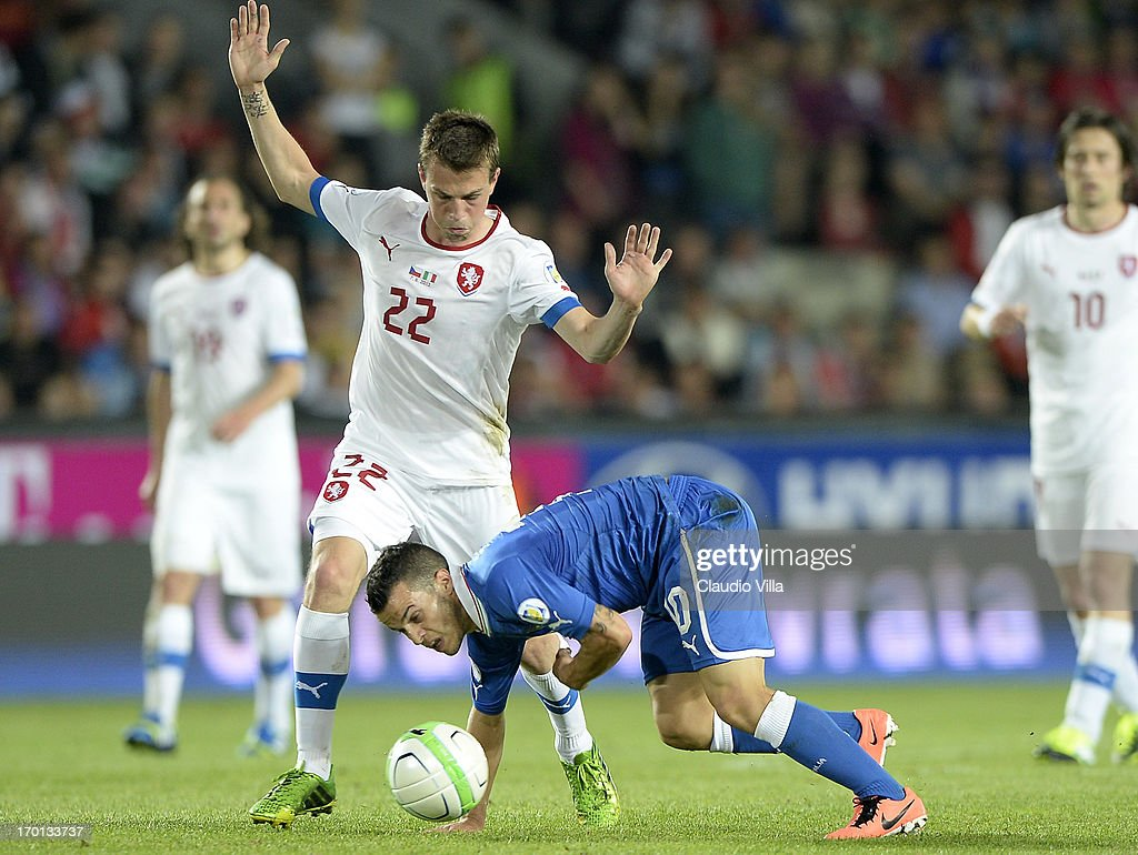 Sebastian Giovinco of Italy and Vladimir Darida #22 of Czech Republic compete for the ball during the FIFA 2014 World Cup Qualifier group B match between Czech Republic and Italy at Generali Arena on June 7, 2013 in Prague, Czech Republic.