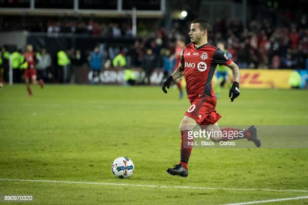 Sebastian Giovinco of Toronto FC makes a move toward the goal during the 2017 Audi MLS Championship Cup match between Toronto FC and Seattle Sounders...