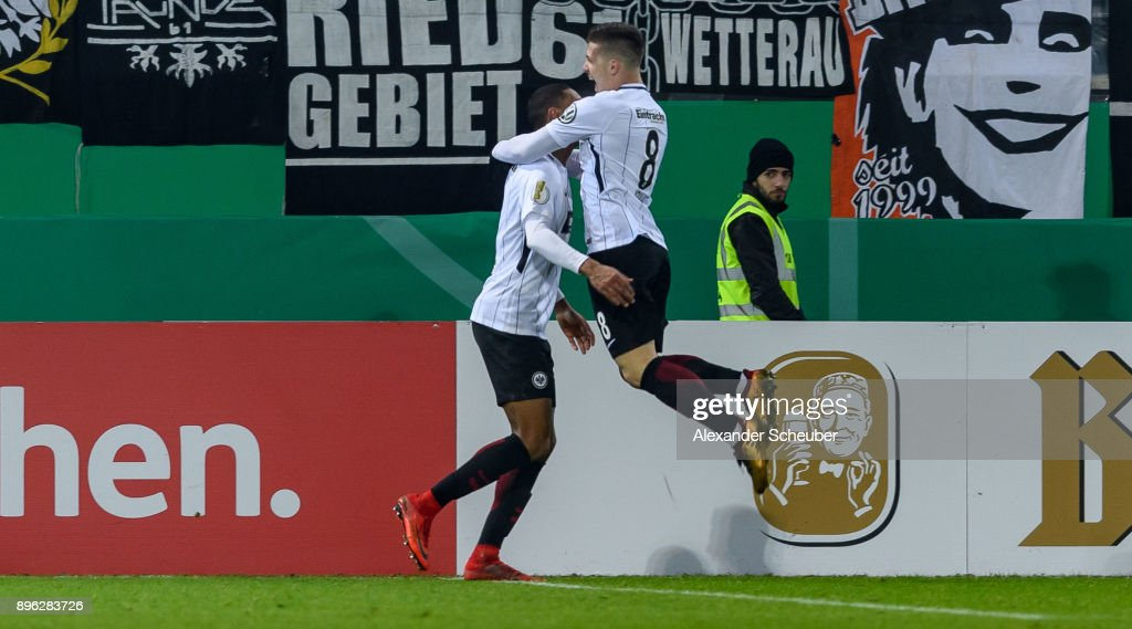 Sebastian Haller of Eintracht Frankfurt celebrates the second goal for his team during the DFB Cup match between 1. FC Heidenheim and Eintracht Frankfurt at Voith-Arena on December 20, 2017 in Heidenheim, Germany.
