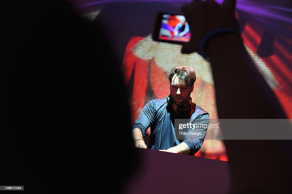 Sebastian Ingrosso performs onstage at the Samsung Galaxy S III Launch hosted by Ashley Greene at Skylight Studios on June 20, 2012 in New York City.