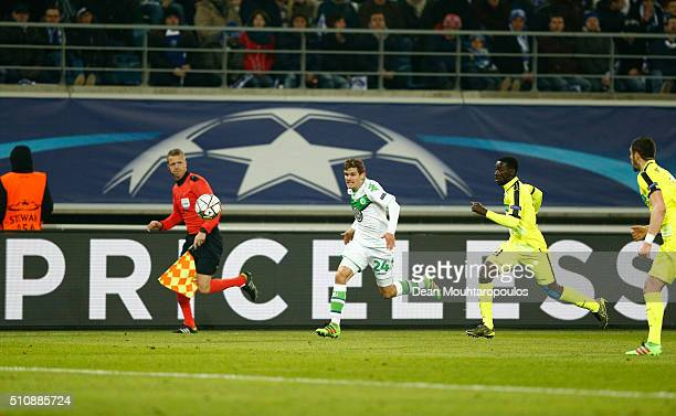 Sebastian Jung of Wolfsburg in action during the UEFA Champions League round of 16 first leg match between KAA Gent and VfL Wolfsburg at Ghelamco...