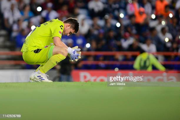 Sebastian Jurado Goalkeeper of Veracruz during the 14th round match between Pachuca and Veracruz as part of the Torneo Clausura 2019 Liga MX at...