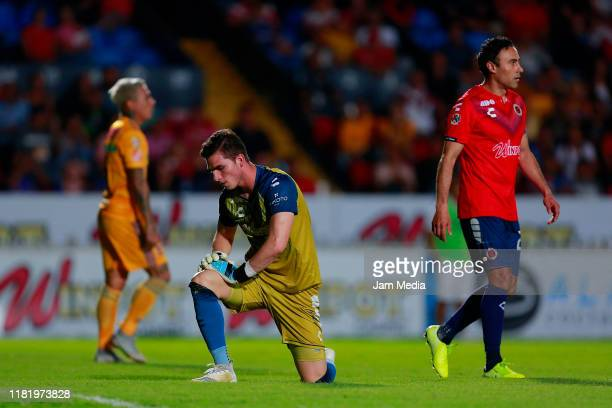Sebastian Jurado Goalkeeper of Veracruz reacts during the 14th round match between Veracruz and Tigres UANL as part of the Torneo Apertura 2019 Liga...