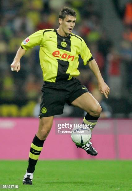 Sebastian Kehl of Dortmund in action during the DFB German Cup match between Eintracht Braunschweig and Borussia Dortmund at the Stadium Hamburger...