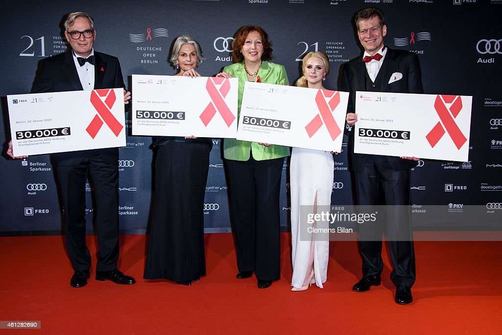 Sebastian Klatt, Michaela Lange, Elisabeth Pott, Juliane Lipke and Johannes Evers attend the 21st Aids Gala at Deutsche Oper Berlin on January 10, 2015 in Berlin, Germany.