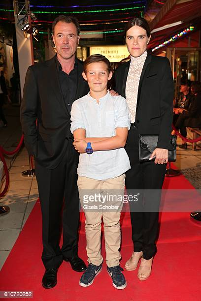 Sebastian Koch Ivo Pietzcker and Fritzi Haberlandt during the premiere of the film 'Nebel im August' at City Kino on September 27 2016 in Munich...