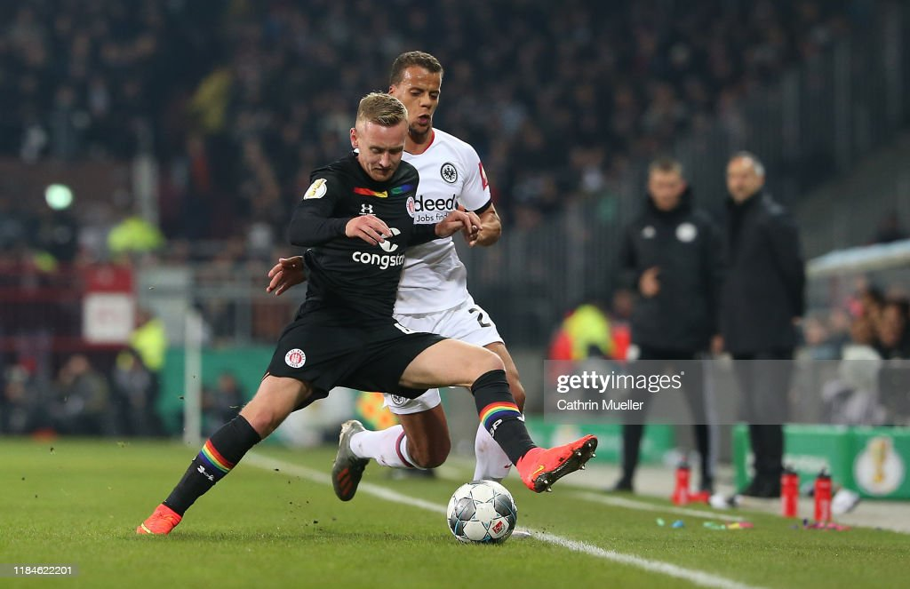 FC St. Pauli v Eintracht Frankfurt - DFB Cup : News Photo