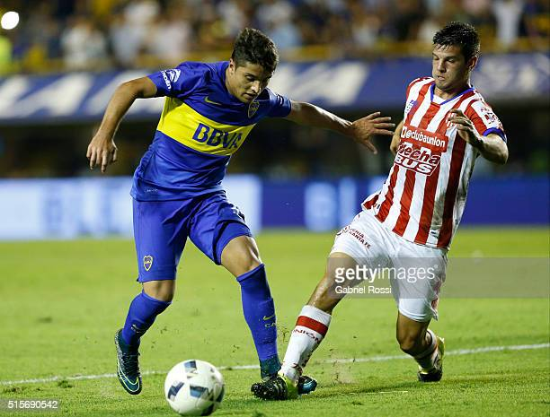 Sebastian Palacios of Boca Juniors fights for the ball with Santiago Zurbriggen of Union during a match between Boca Juniors and Union as part of...