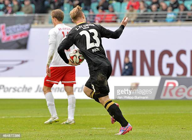 Sebastian Polter of 1 FC Union Berlin celebrates after scoring the 3:2 during the game between RB Leipzig and 1 FC Union Berlin on March 1, 2015 in...