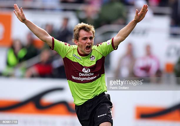Sebastian Reinert of Kaiserslautern celebrates after the 1-1 goal during the Second Bundesliga match between FSV Mainz 05 and 1. FC Kaiserslautern at...