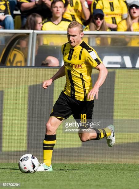 Sebastian Rode of Borussia Dortmund during the Bundesliga match between Borussia Dortmund and TSG 1899 Hoffenheim at Signal Iduna Park on May 6 2017...
