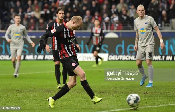 Sebastian Rode of Eintracht Frankfurt scores his sides second goal during the Bundesliga match between Eintracht Frankfurt and Hertha BSC at...