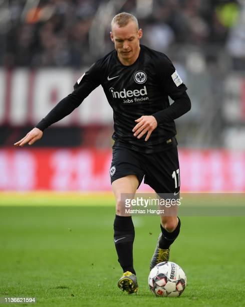 Sebastian Rode of Frankfurt controls the ball during the Bundesliga match between Eintracht Frankfurt and 1 FC Nuernberg at CommerzbankArena on March...