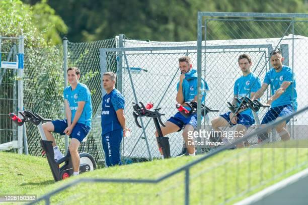Sebastian Rudy of FC Schalke 04, Athletic coach Werner Leuthard of FC Schalke 04, Mark Uth of FC Schalke 04, Benito Raman of FC Schalke 04 and Steven...