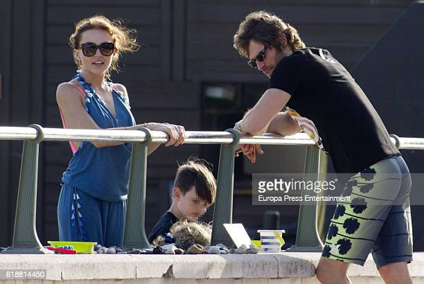 Part of this image has been pixellated to obscure the identity of the child). Sebastian Rulli and Angelique Boyer are seen on October 5, 2016 in...