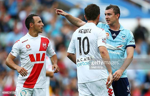 Sebastian Ryall of Sydney FC points towards the goal after Harry Kewell of the Heart missed a penalty kick during the round 10 ALeague match between...