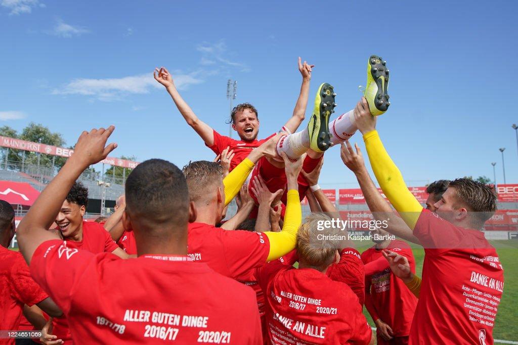 FC Wuerzburger Kickers v Hallescher FC - 3. Liga : Nachrichtenfoto