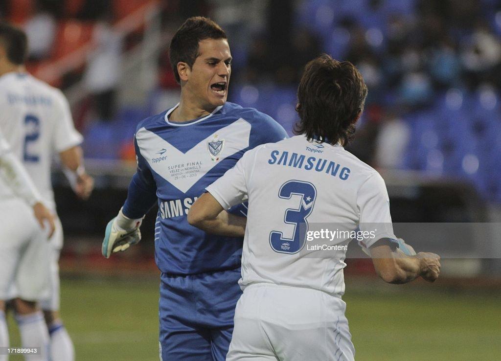 Velez Sarsfield v Newell's Old Boys - Superfinal 2013