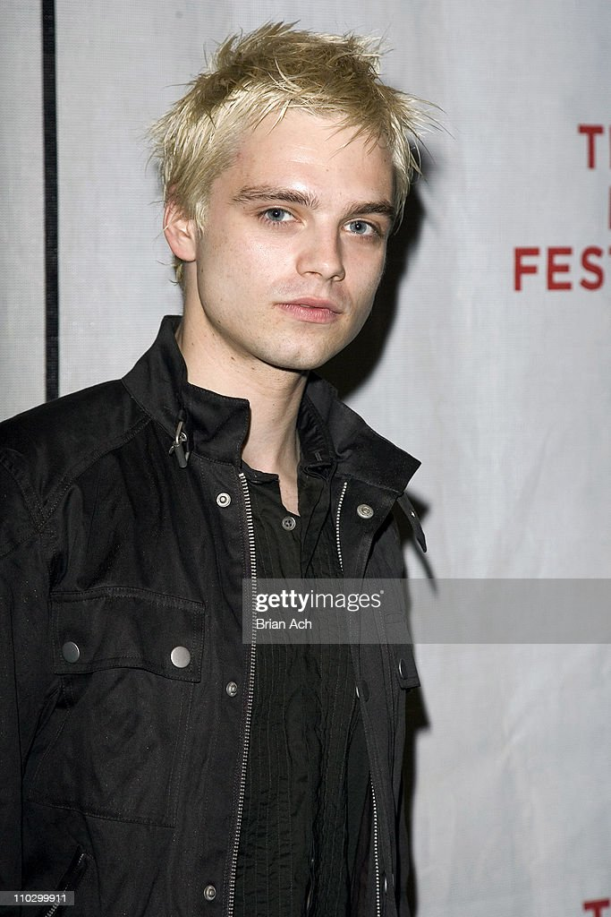 "6th Annual Tribeca Film Festival - ""The Education of Charlie Banks"" Premiere - Inside Arrivals : News Photo"