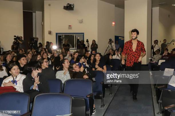 631 Latin Grammy In The Schools Miami Photos And Premium High Res Pictures Getty Images