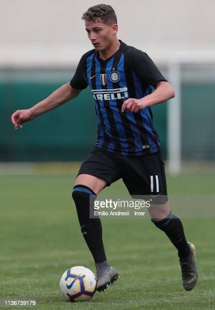Sebastiano Esposito of FC Internazionale in action during the Serie A Primavera match between FC Internazionale U19 and UC Sampdoria U19 at Stadio...