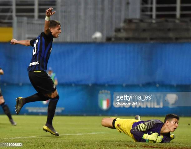 Sebastiano Esposito of FC Internazionale scores opening goal during the U17 league final match between FC Internazionale and As Roma at Stadio Bruno...