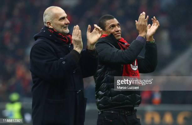 Sebastiano Rossi and Nelson Dida salute the crowd during the Serie A match between AC Milan and US Sassuolo at Stadio Giuseppe Meazza on December 15...