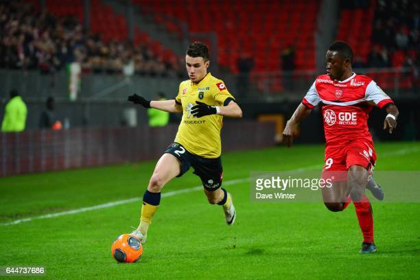 Sebastien CORCHIA / Abdul Majeed WARIS Valenciennes / Sochaux 26eme journee de Ligue 1 Photo Dave Winter / Icon Sport