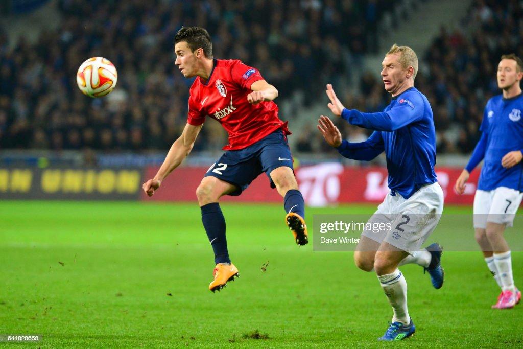Sebastien CORCHIA / Tony HIBBERT - - Lille / Everton - Europa League, Photo : Dave Winter / Icon Sport