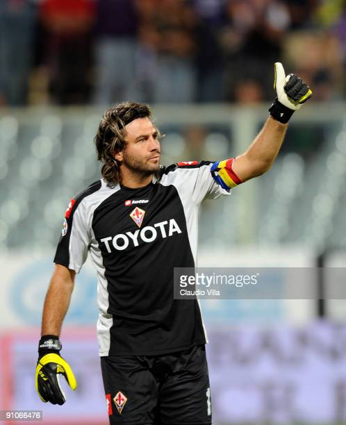 Sebastien Frey of Fiorentina gestures during the Serie A match at Stadio Artemio Franchi on September 23 2009 in Florence Italy