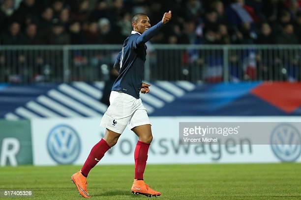Sebastien Haller of France jubilates after scoring the secong goal during the Uefa U21 European Championship qualifier between France and Scotland at...