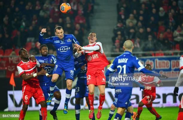 Sebastien SQUILLACI / Carl MEDJANI - - Valenciennes / Bastia - 20e journee Ligue 1, Photo : Dave Winter / Icon Sport