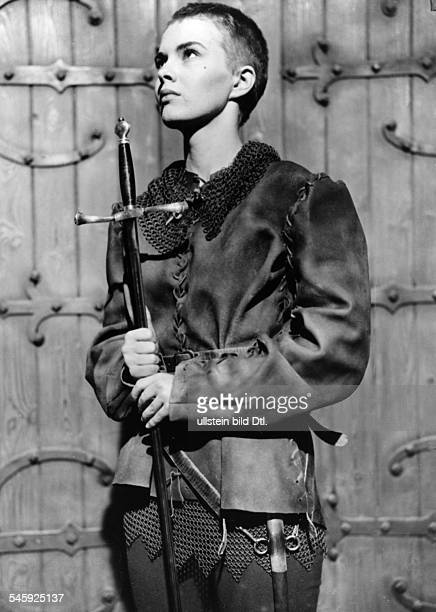 Seberg Jean Actress USA * Scene from the movie 'Saint Joan'' Directed by Otto Preminger USA / Great Britain 1957 Produced by Wheel Productions...