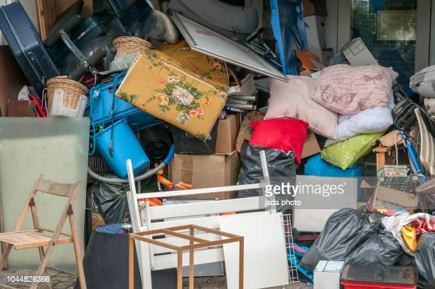 second hand  space with second-hand stuff - fashion showroom stock pictures, royalty-free photos & images