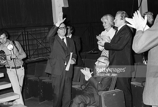 Second International Conference Of Gaullist University Studies And Research Hoops In Amboise En France à Amboise le 4 juin 1974 lors du deuxième...